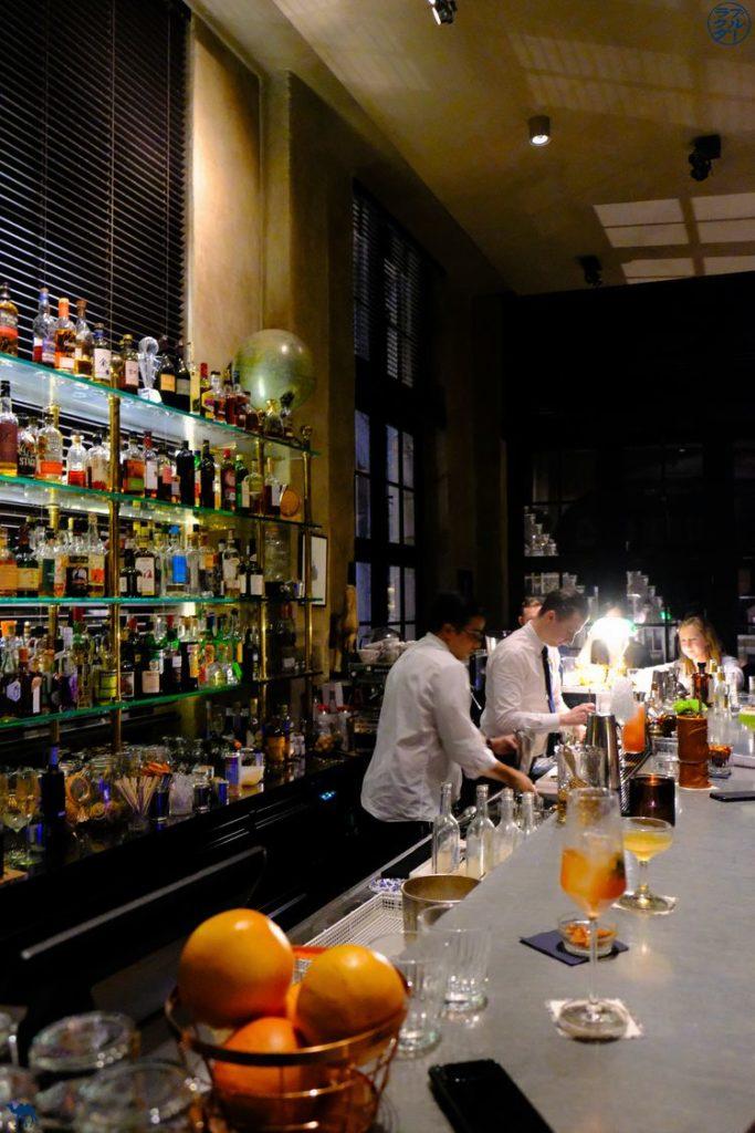 Le Chameau Bleu - Blog Voyage Gand Belgique - Ambiance de The Cobbler Bar