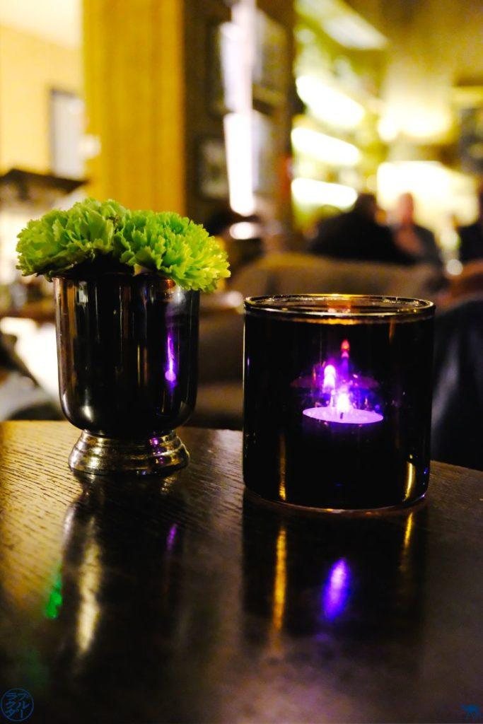 Le Chameau Bleu - Blog Voyage Gand Belgique - Table de The Cobbler Cocktails Bar