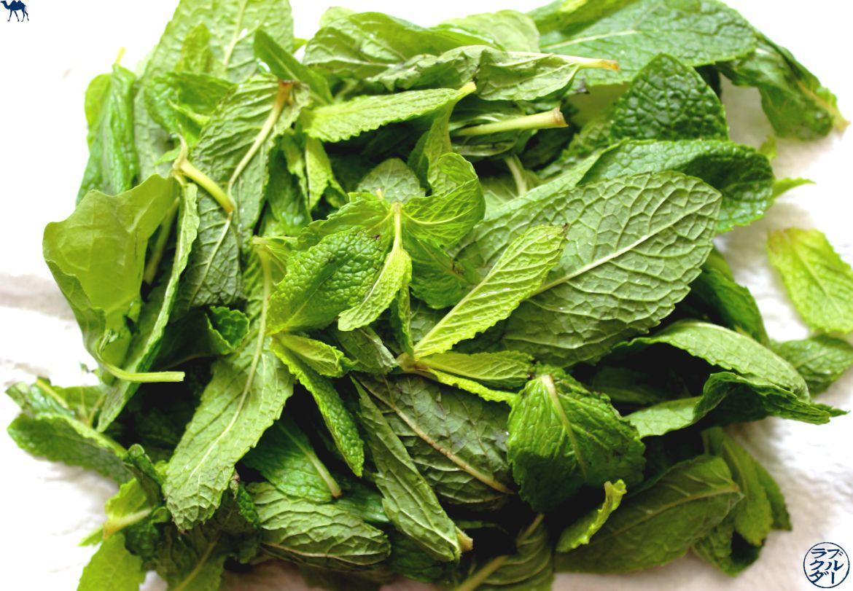 Le Chameau Bleu - Blog Recette Asiatique - Rouleau de Printemps la recette - Herbes Aromatiques