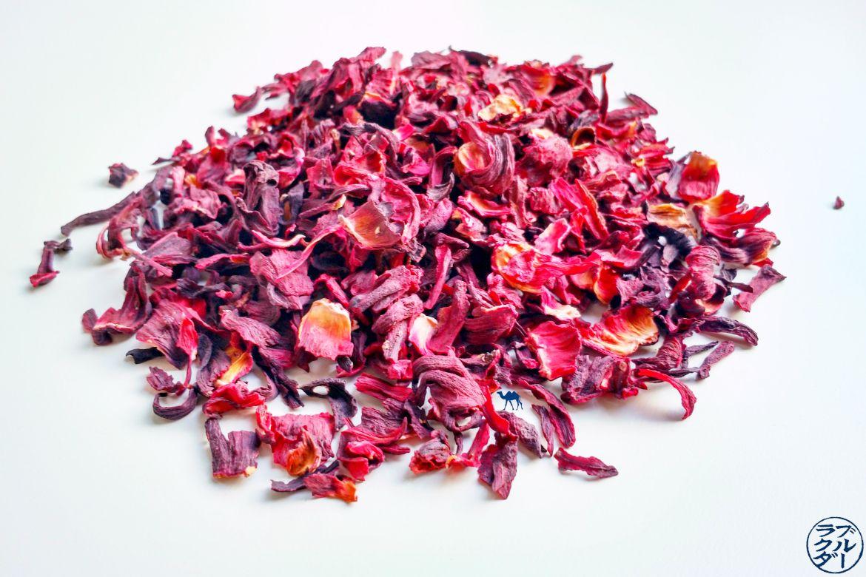 Le Chameau Bleu - Blog Voyage et Cuisine - Fleur Hibiscus séchée - Karkadé- Carcadet- Roselle