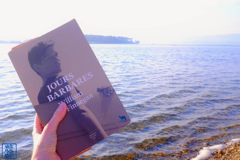 Le Chameau Bleu - Blog Voyage et Littérature - Jours Barbares - W.FINNEGAN