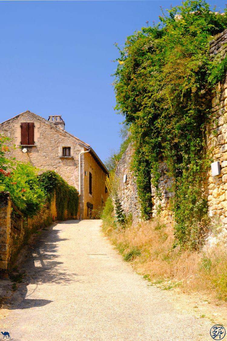 Le Chameau Bleu - Blog Voyage Lot Et Garonne - Accès au chateau de Bonaguil
