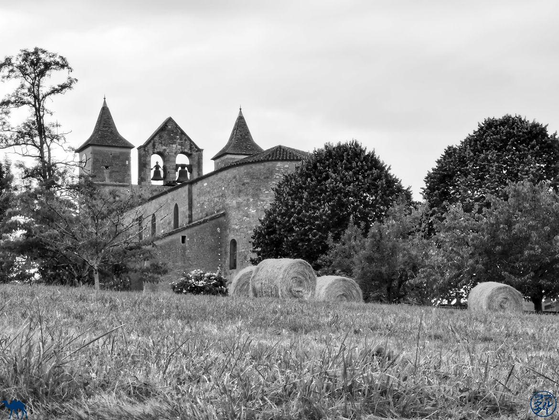 Le Chameau Bleu - Blog Voyage Lot Et Garonne -Clocher Mur de Montagnac