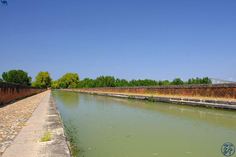 Le Chameau Bleu - Blog Voyage à Vélo sur le Canal des deux Mers - Pont-Canal de Cacor Moissac en Tarn Et Garonne