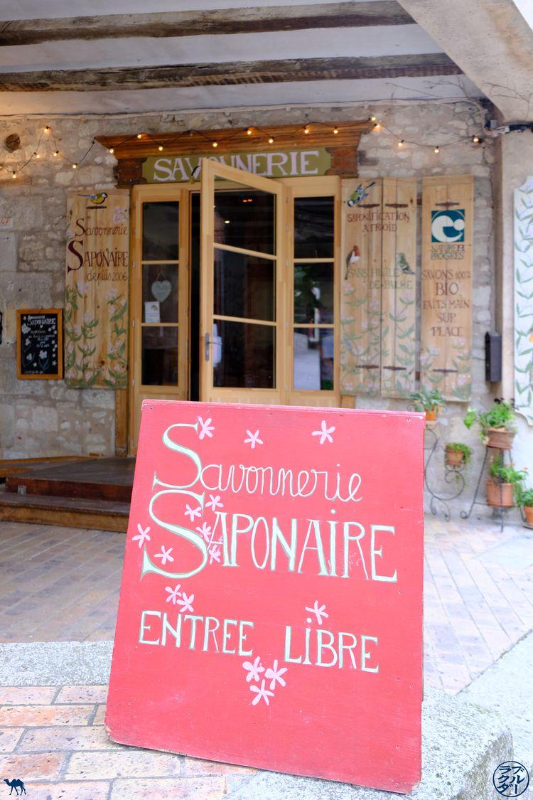 Le Chameau Bleu - Blog Voyage Lot Et Garonne - Savonnerie Saponaire Monflanquin