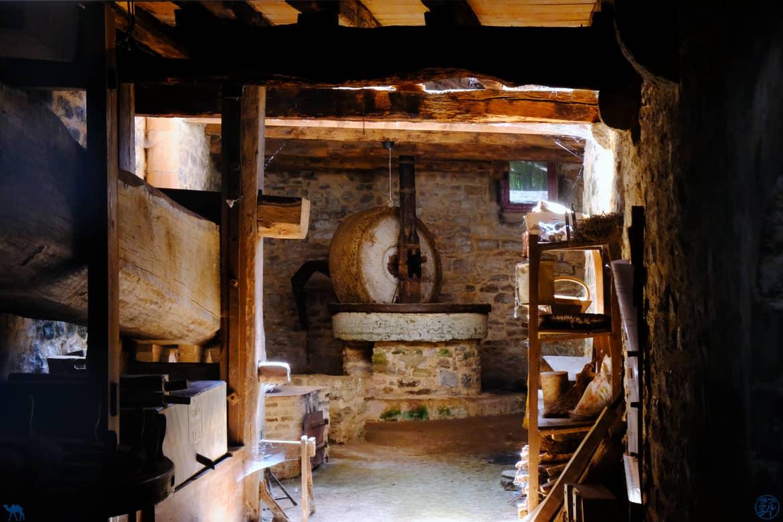 Le Chameau Bleu - Blog Voyage et Gastronomie -  Moulin Saint Antonin Noble. Val
