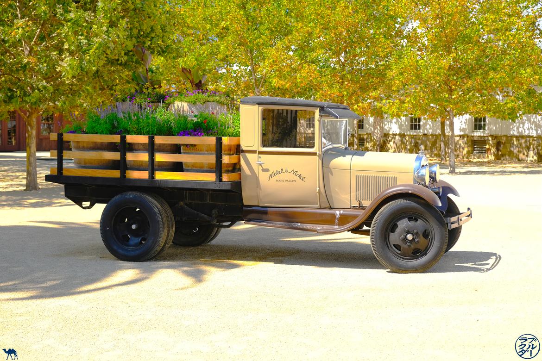 Le Chameau Bleu - Blog Voyage Napa Valley - Camion de Nickel & Nickel
