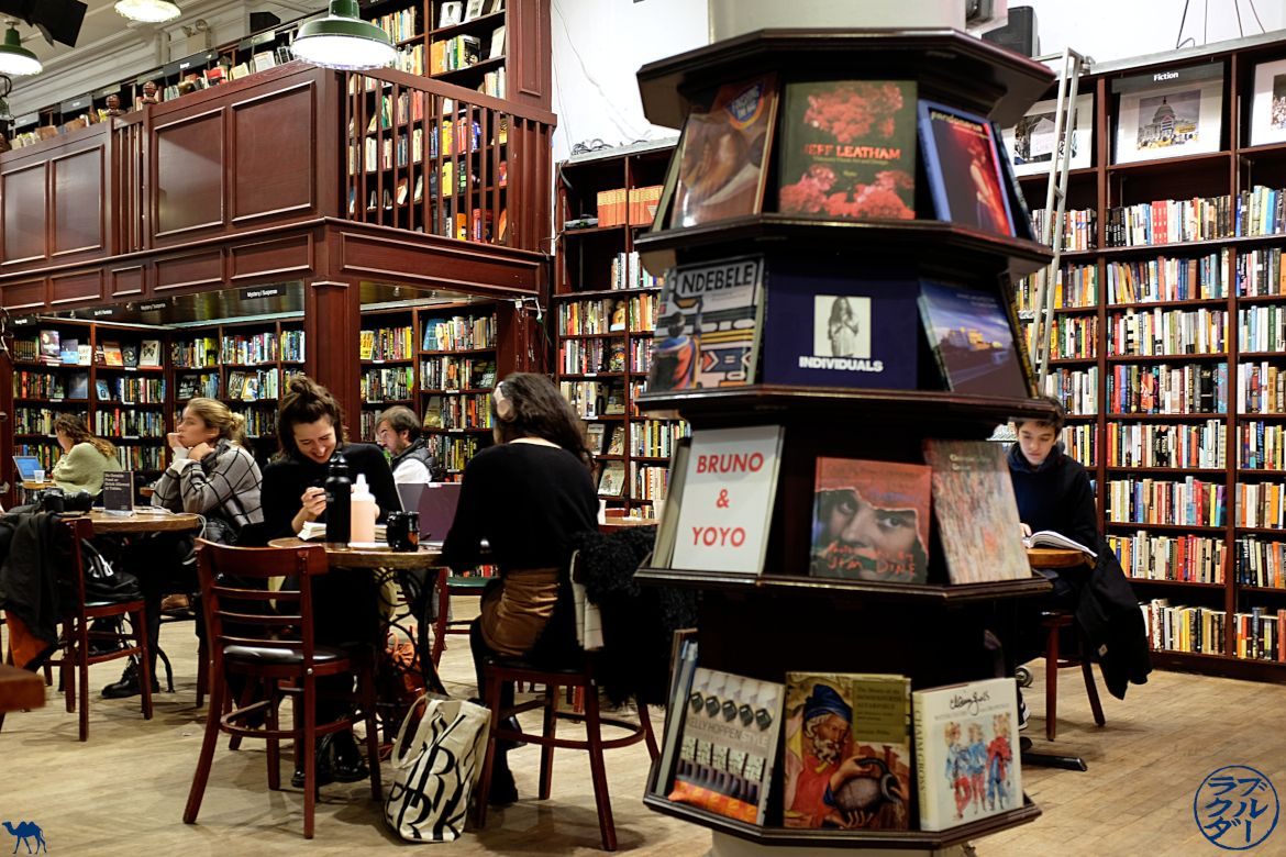 Séjour à New York - Libraire Housing Works Bookstore - Le Chameau Bleu Blog Voyage New York City