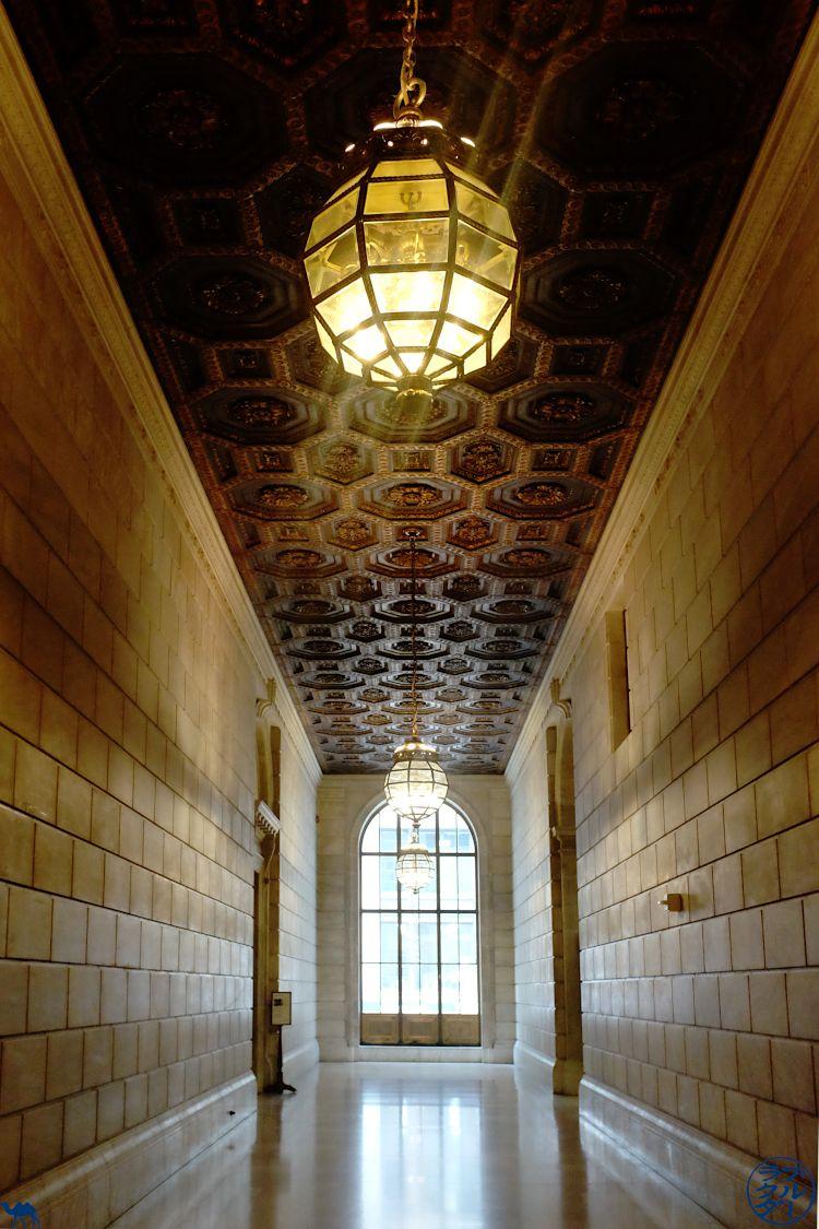 Le Chameau Bleu - Blog Voyage New York City - Couloir de NYPL
