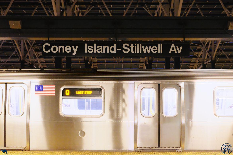 Le Chameau Bleu - Blog Voyage New York - Metro pour aller à Coney Island