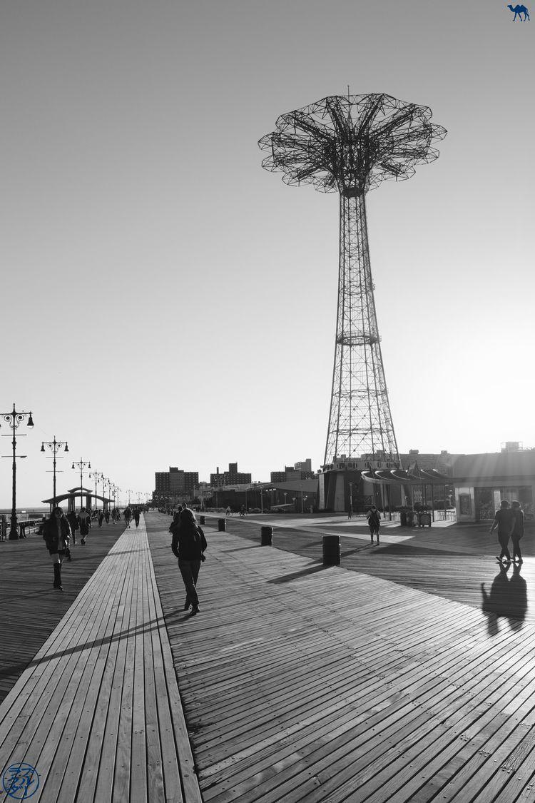 Le Chameau Bleu - Blog Voyage New York - Coucher de soleil à Coney Island