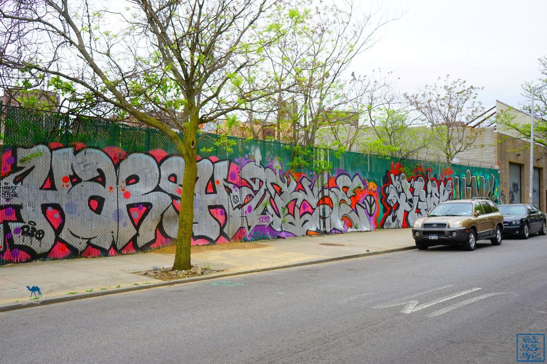 Le Chameau Bleu - Street Art Bushwick - Graf - Promenade dans Brooklyn New York