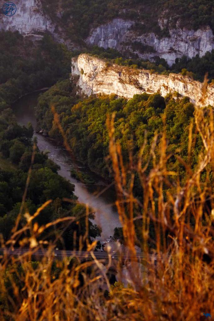 Le Chameau Bleu - Blog Voyage - Les Gorges de l'Aveyron  - Hauteurs de Saint Antonin
