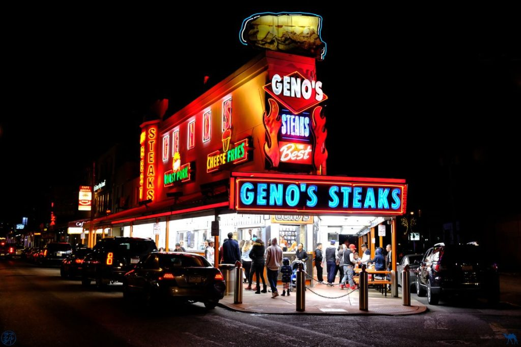 Le Chameau Bleu - Blog Voyage Philadelphie USA - Geno's Steaks