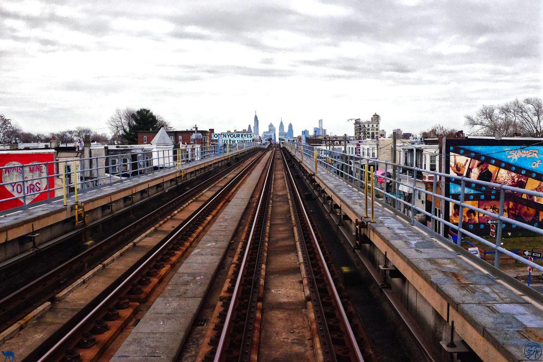 Le Chameau Bleu - Blog Voyage Philadelphie USA - Skyline depuis le metro