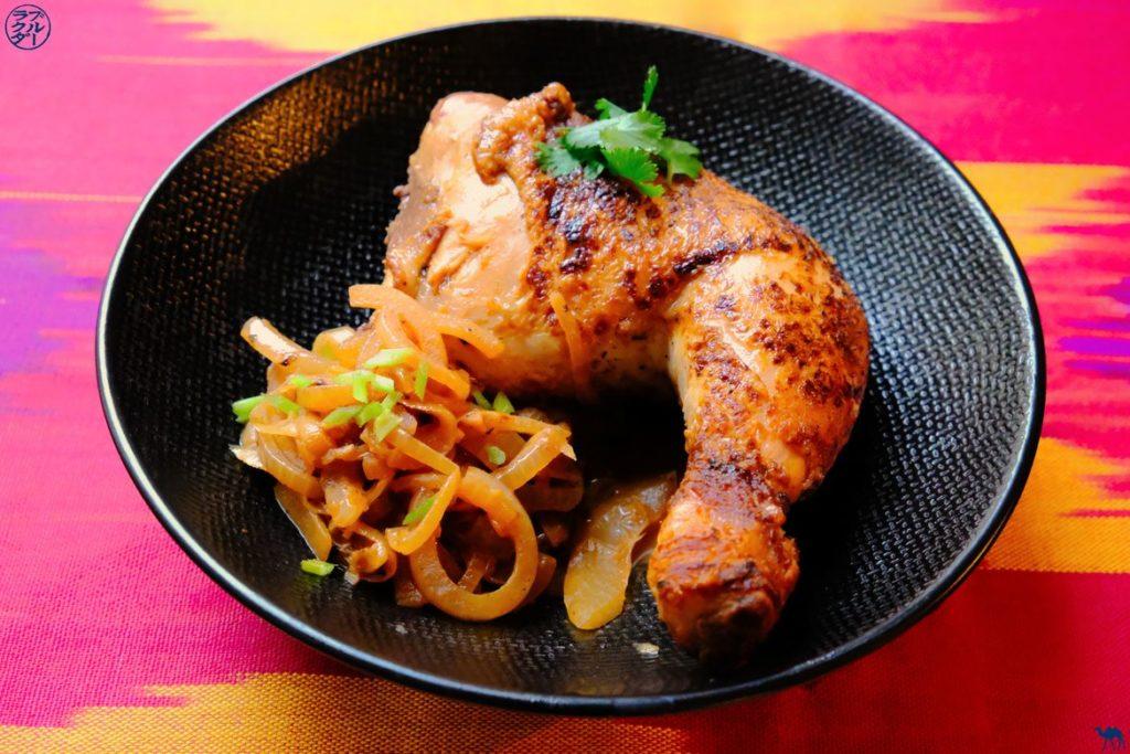 Le Chameau Bleu - Blog Gastronomie et Voyage - Recette du Poulet Yassa