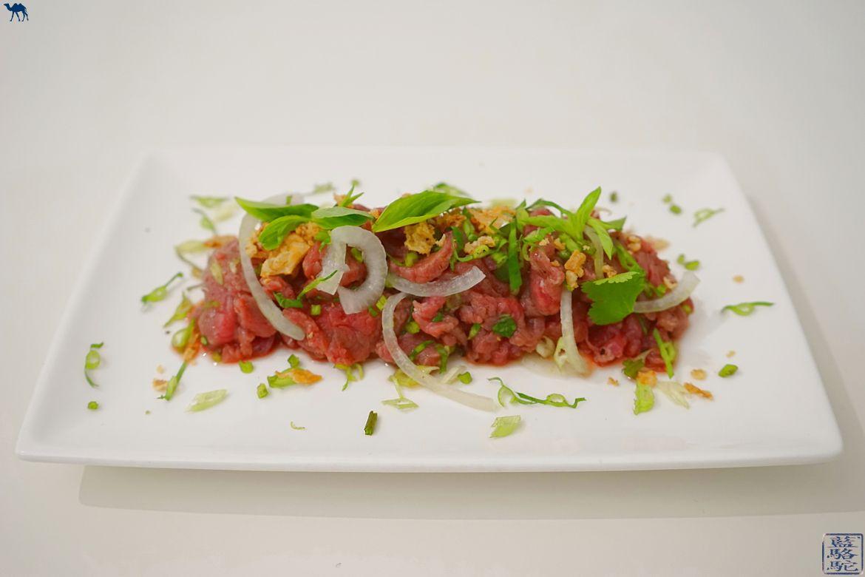 Le Chameau Bleu - Blog Cuisine asiatique et Voyage - Recette du tartare de boeuf vietnamien aux herbes aromatiques