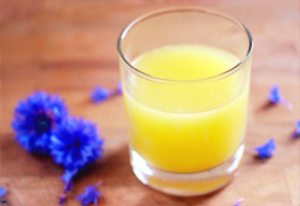 Gnammankoudji - jus de gingembre frais - Le Chameau Bleu Blog Gastronomie et oyage