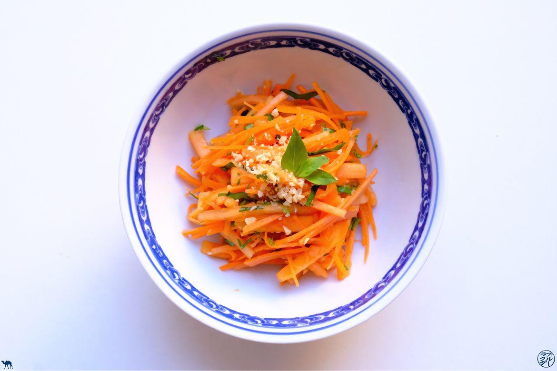 Le Chameau Bleu - Blog Gastronomie - Recette Salade asiatique Papaye Carotte