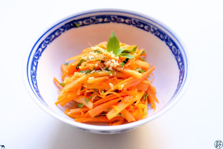 Le Chameau Bleu - Blog Gastronomie - Recette de la salade carotte papaye rhubarbe