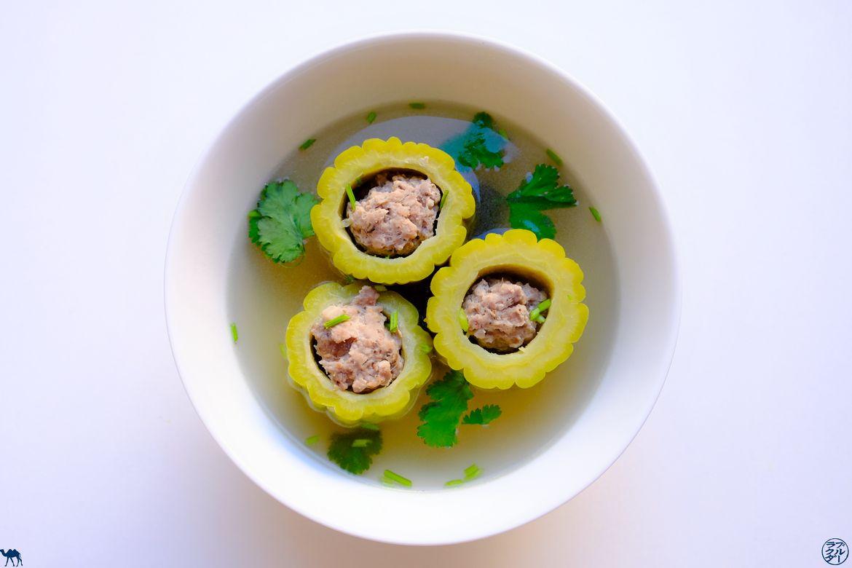 Le Chameau Bleu - Blog Voyage et Gastronomie - Recette de la soupe de concombre amer farci
