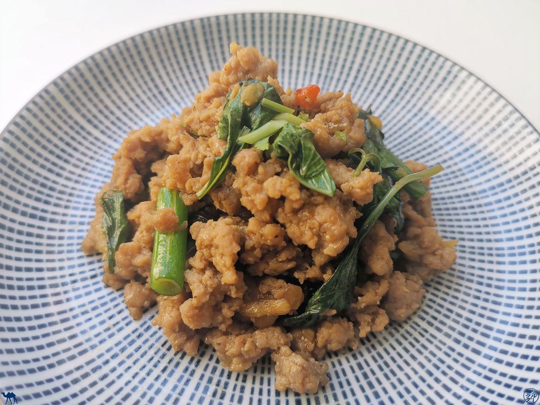 Le Chameau Bleu - Blog Voyage et Cuisine - Recette de Sauté dePorc Haché au Basilic Thai