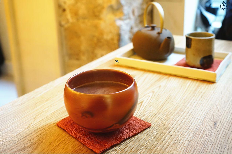 Le Chameau Bleu - Blog Gastronomie Tomo Paris Chocolat chaud du salon de thé à Tomo Paris