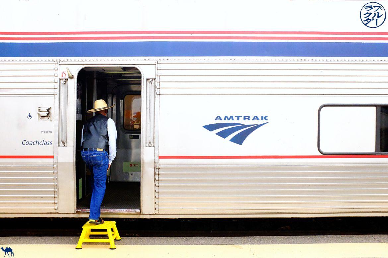 Le Chameau Bleu - Blog Voyage Southwest Chief train - Montée dans le train entre Chicago et Los Angeles
