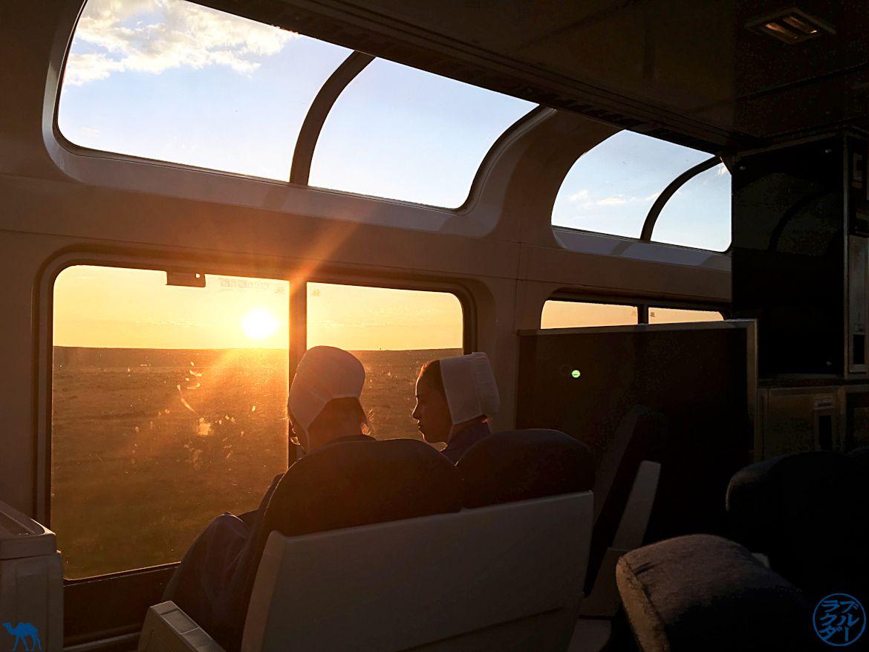 Le Chameau Bleu - Blog Voyage Amtrak - Amish dans l'observation car du Southwest Chief Train