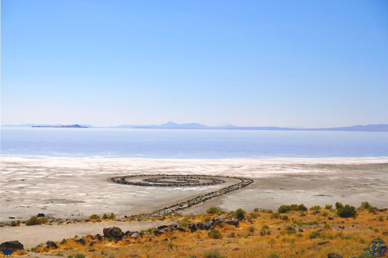 Le Chameau Bleu - Blog Voyage Utah - Spiral Jetty sur les berges de Salt Lake City