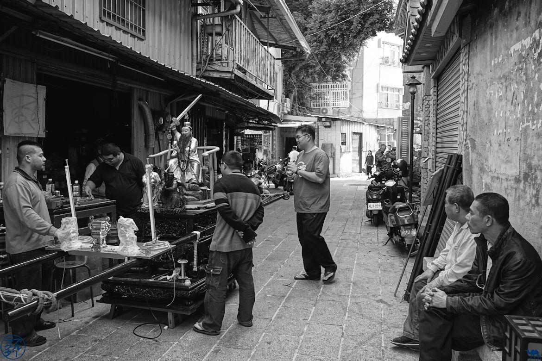Le Chameau Bleu - Blog Voyage Tainan Taiwan - Démontage TudiGong
