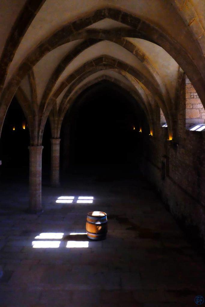Le Chameau Bleu - Blog Voyage et Photo - Bourgogne Sud à Vélo - L'abbaye de Cluny - Tonneau
