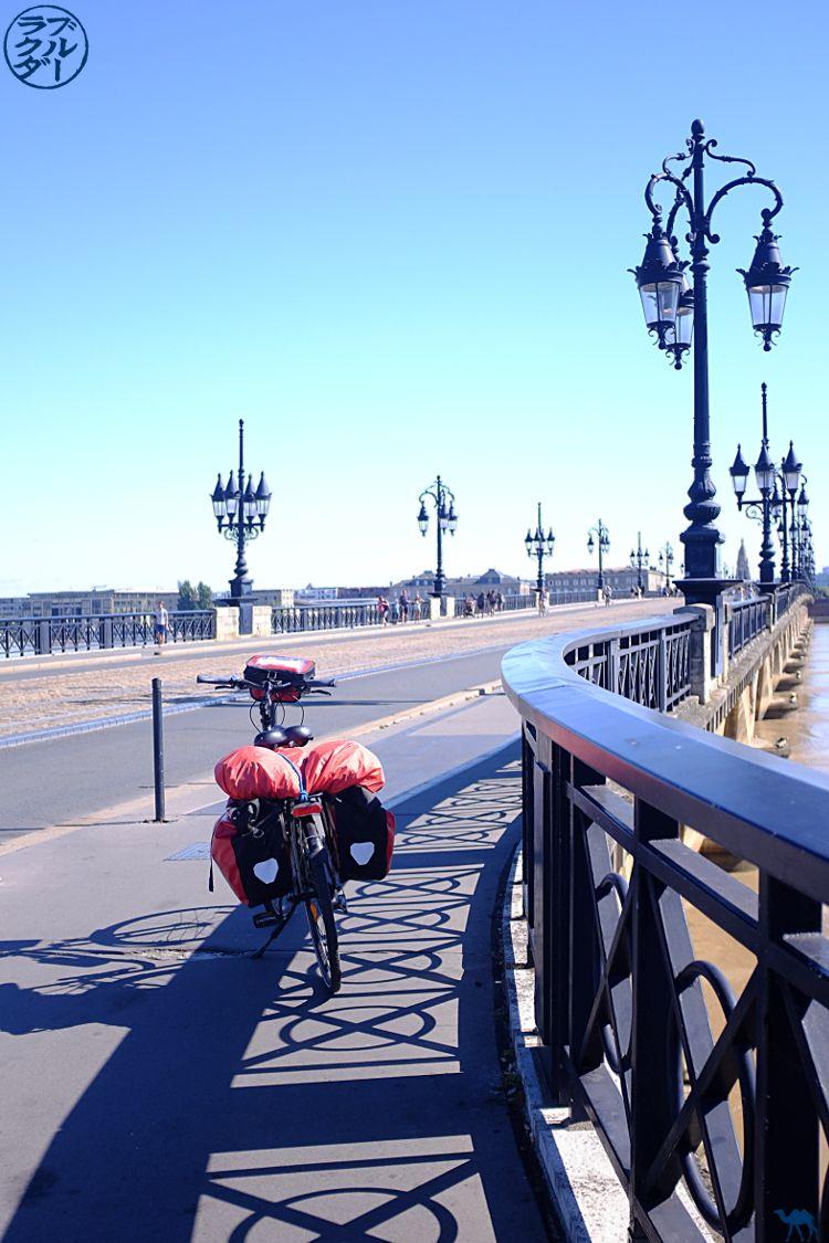 o camelo azul - Blog viajar bicicleta The 2 Seashanchery - Bicicleta e Ponte de Pierre de Bordéus Gironde