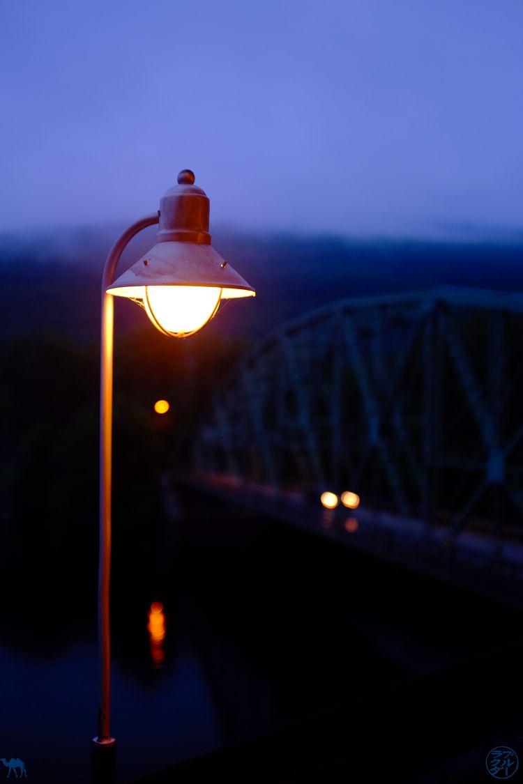 Le Chameau Bleu - Blog Voyage Vermont Usa - Lampe sur la Connecticut River