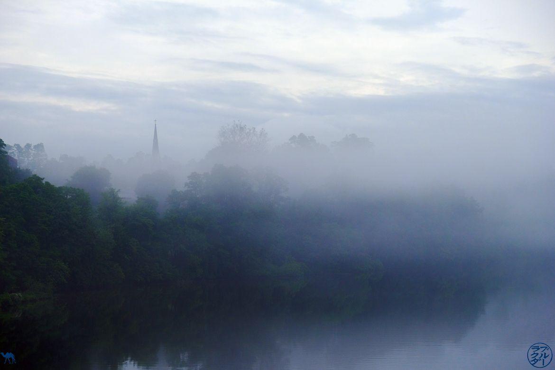 Le Chameau Bleu - Blog Voyage Vermont Etat Unis - Brume sur le Connecticut River