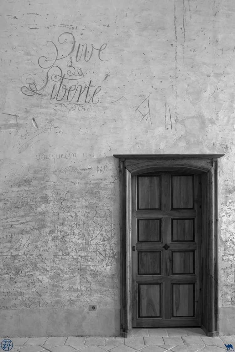 Le Chameau Bleu - Blog Voyage et Cuisine - Vive la Liberté Abbaye Belleperche - Tarn Et Garonne