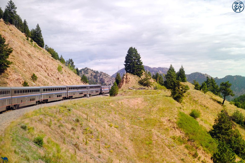 Le Chameau Bleu - Blog Voyage Train USA - Zephyr Line Train dans les montagnes