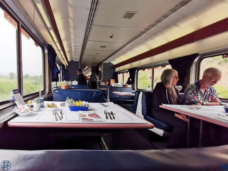 Le Chameau Bleu - Blog Voyage Etats Unis en Train- Dining Car du Zephyr Line Train