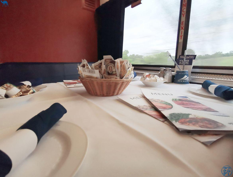 Le Chameau Bleu - Blog Voyage Etats Unis en Train - Wagon Restaurant de la Zephyr Line